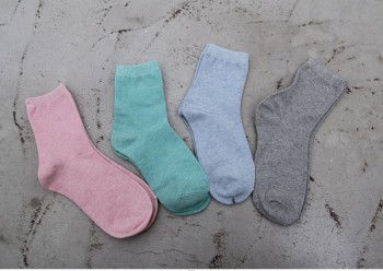 -2 Pairs of socks doldolyi string sets