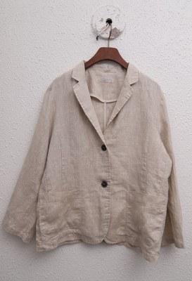 Luxurious linen jacket