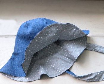 Double-sided hat