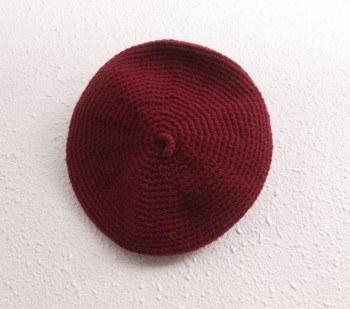 Hand knit knit beret