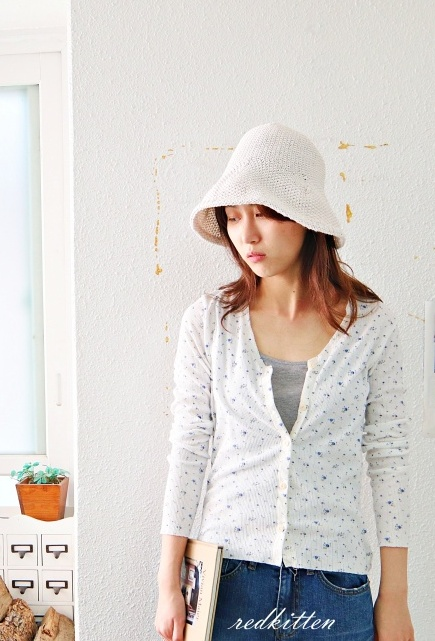 Sale-Comfortable Corrugated Floral Cardigan-White 46800-> 34800
